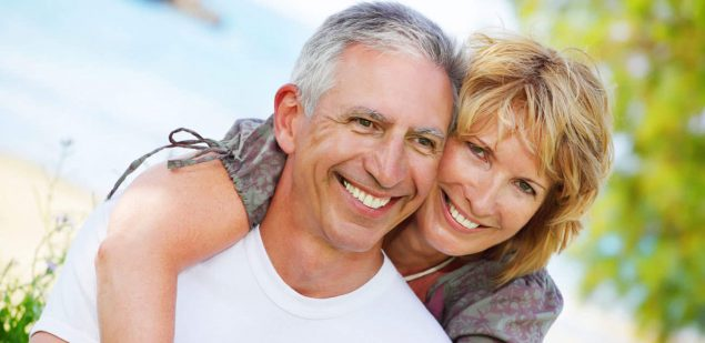 Wills & Trusts happy-couple Estate planning Direct Wills Hampshire